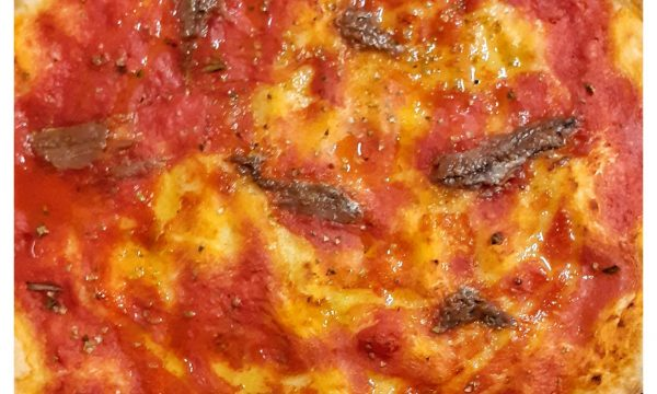 The making of Italian Pizza, video