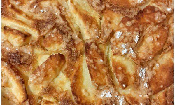 Torta di mele leggera  con farina di riso, latte vegetale, olio di semi