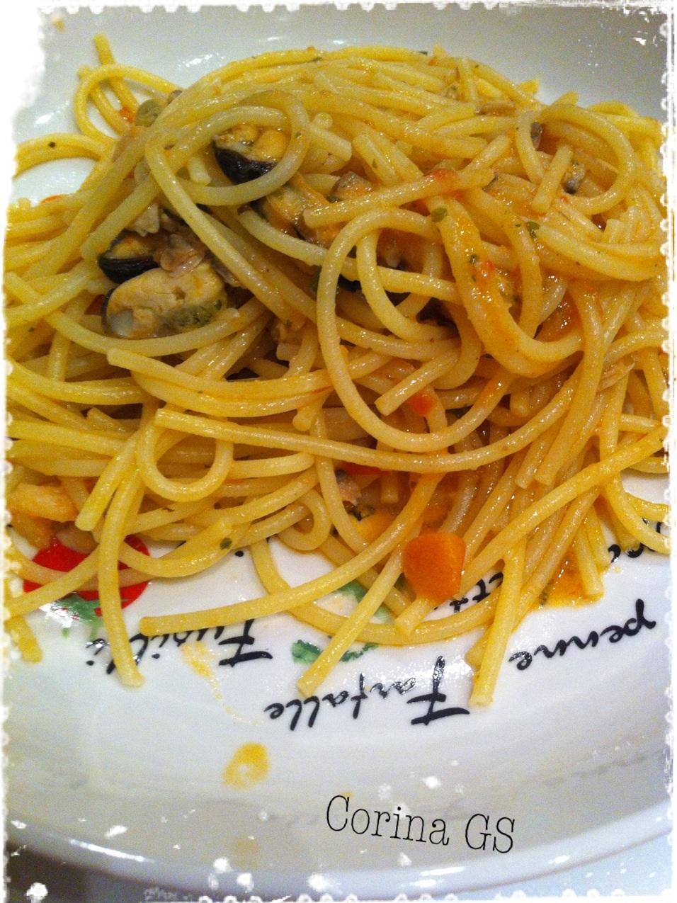 Spaghetti ai frutti di mare-Ricetta base pasta-Ricetta facile