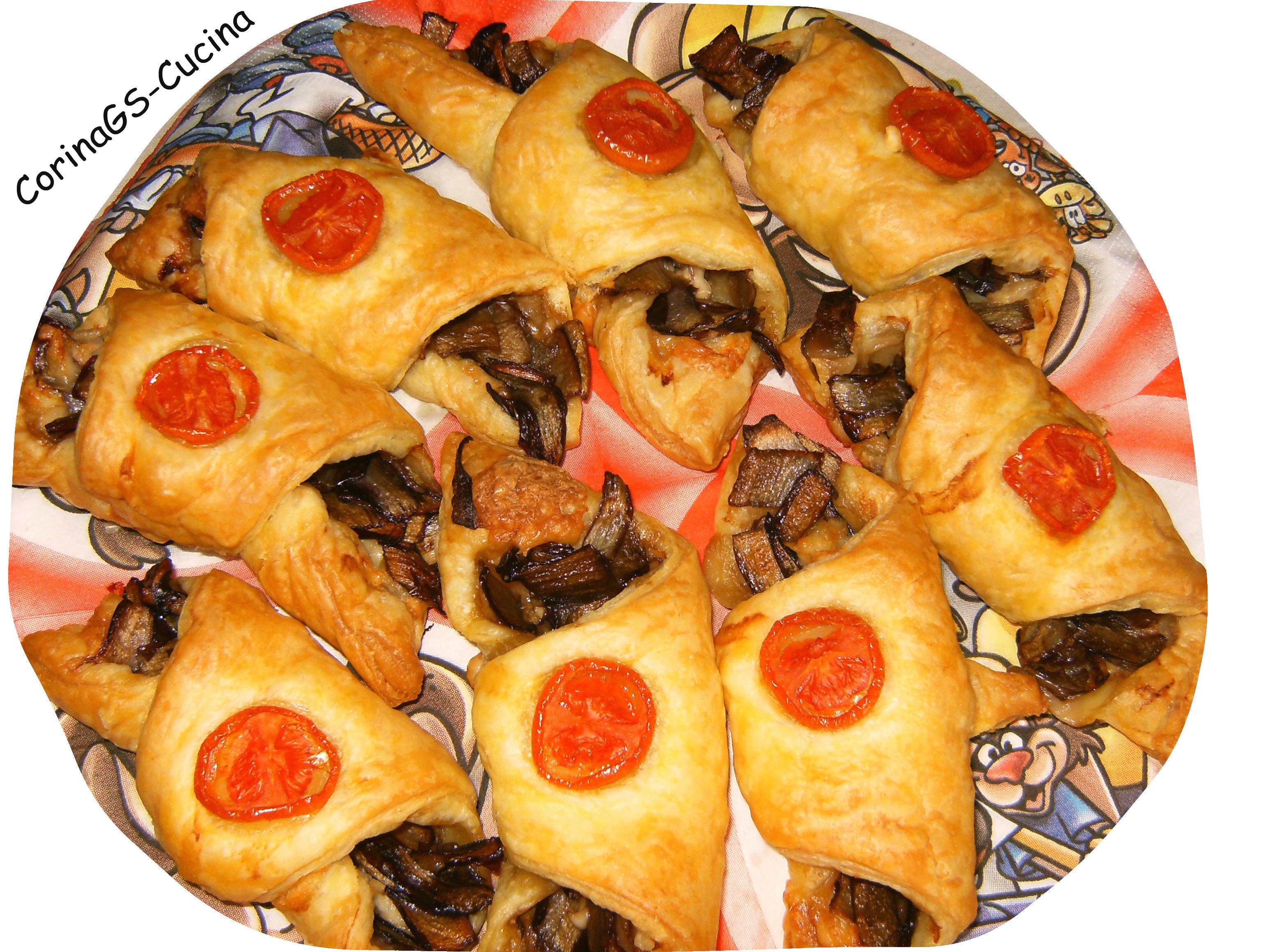 Cornetti di pasta sfoglia con radicchio e speck-CorinaGS-Cucina