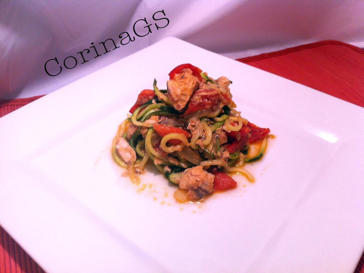 Spaghetti zucchine e sugo al salmone|CorinaGS