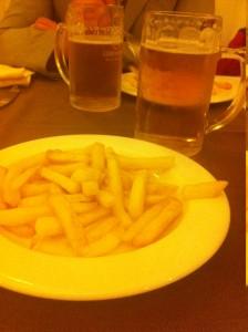 foto patatine e birra