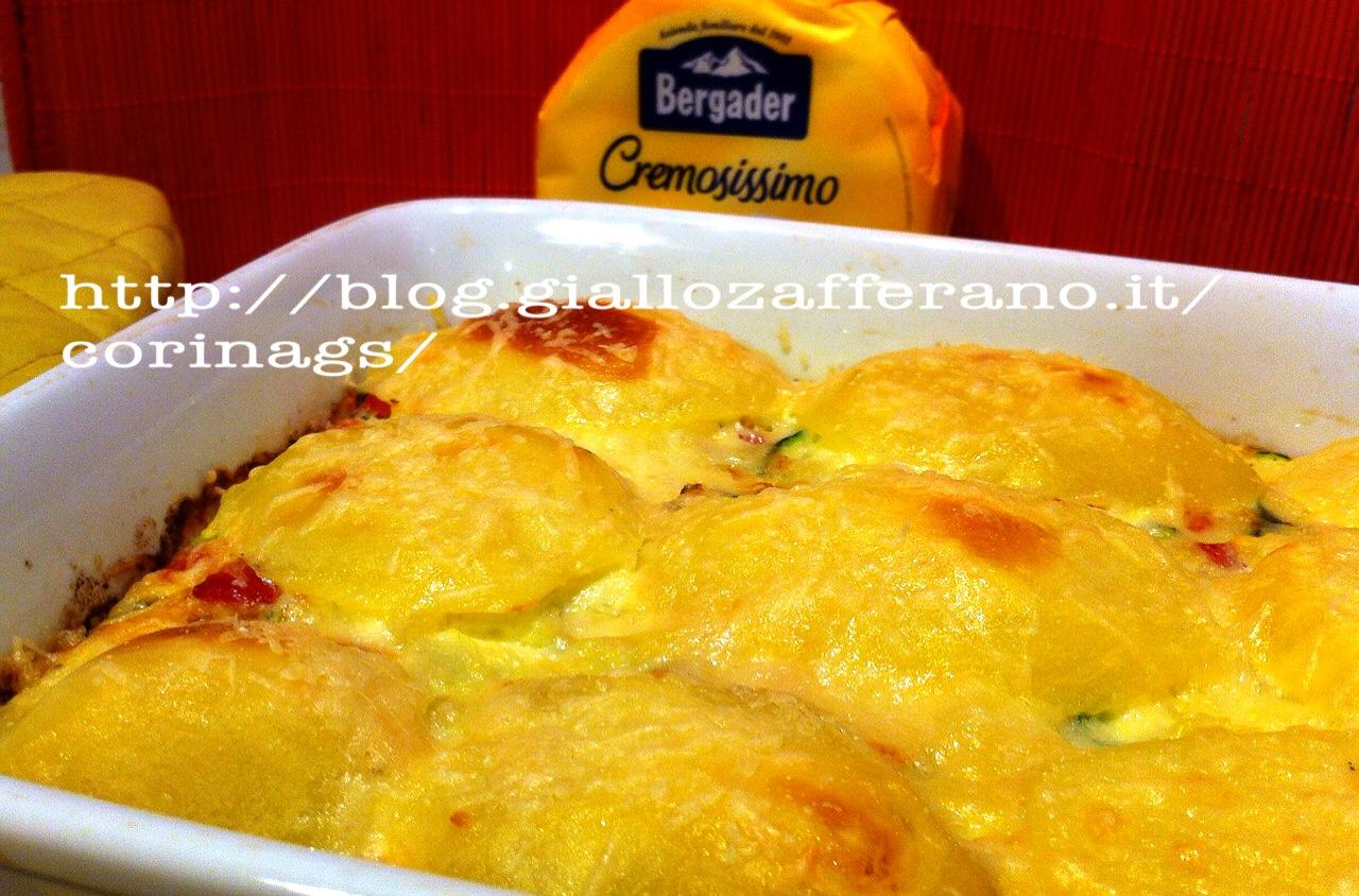 Patate cremose al formaggio Ricetta base al forno CorinaGS
