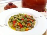 Fave al forno al '' Cuocifagioli '' di terracotta|Corinags