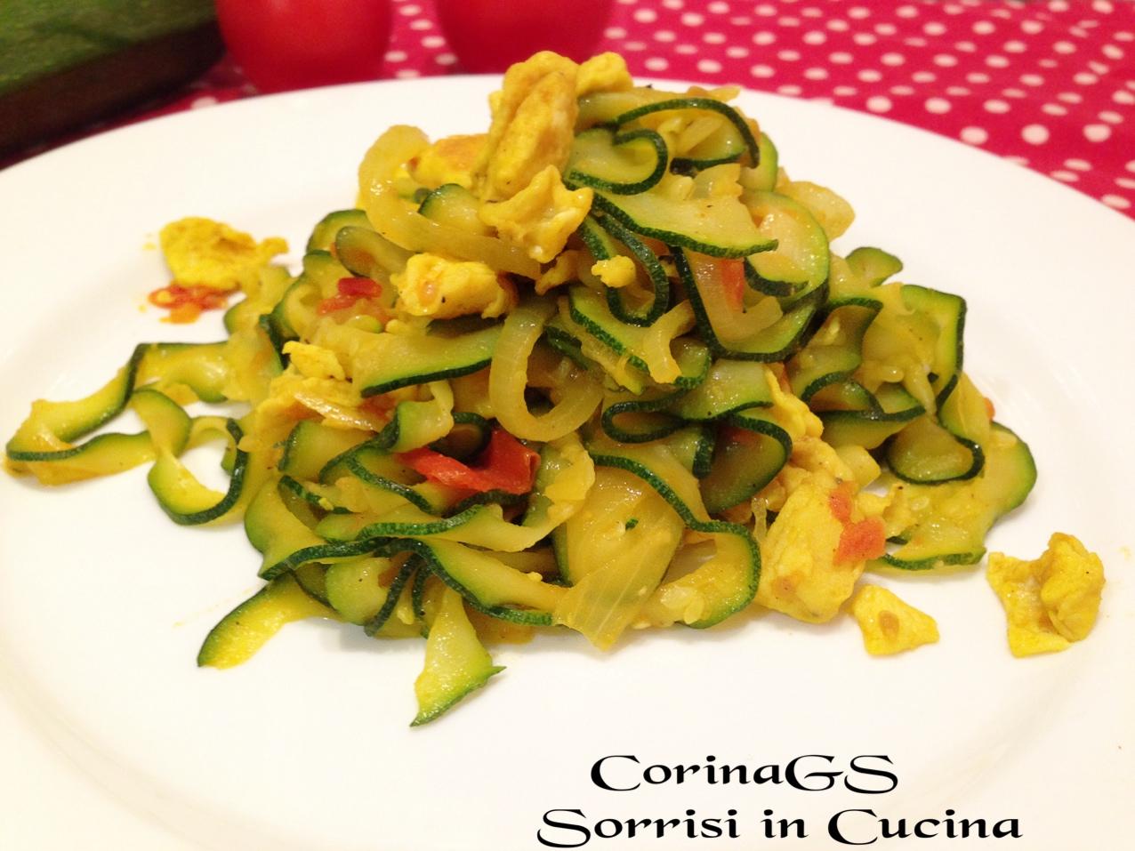 Zucchine e uova saporite alla curcuma|CorinaGS