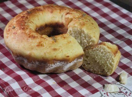Pane morbido al parmigiano
