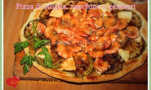 Pizza di sfoglia, zucchine e gamberi