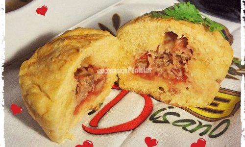 Muffins di patate al tonno, pomodoro e fontina