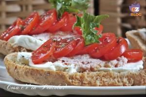 Friselle con pomodoro e mozzarella, Ricetta
