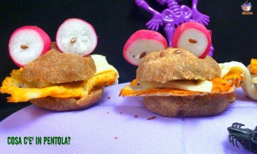 Monster sandwich al farro e formaggi