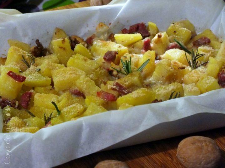 Sbriciolata di patate, noci e prosciutto crudo (800x599)