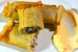Caramelle di pasta fillo, alici, parmigiano e maionese homemade