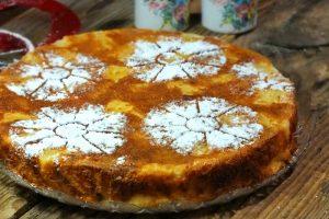 Torta soffice allo yogurt e ananas