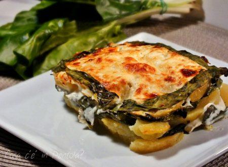 Lasagna vegetariana di patate, bietola e finta besciamella