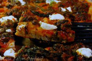 Pizza con cime di rapa, ricotta e finocchietto selvatico