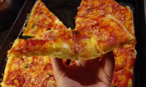 Pizza in teglia alta idratazione perfetta