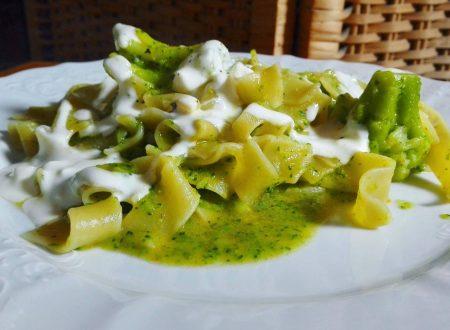 Pappardelle ai broccoli e philadelphia
