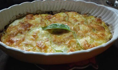 Parmigiana di zucchine e patate vegetariana