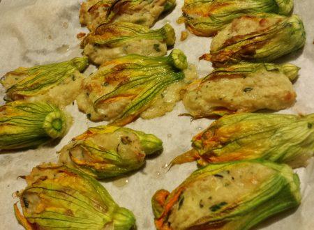 Fiori di zucca ripieni di patate e tonno al forno