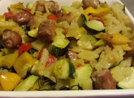 Salsiccia e verdure al forno