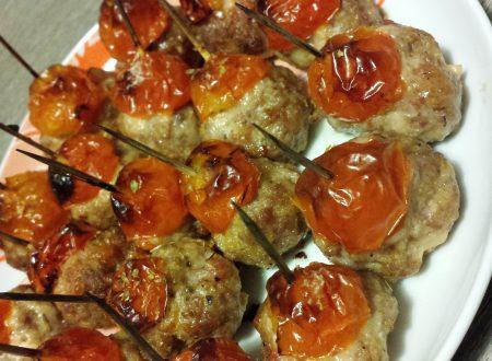 Polpette di carne e pomodorini al forno