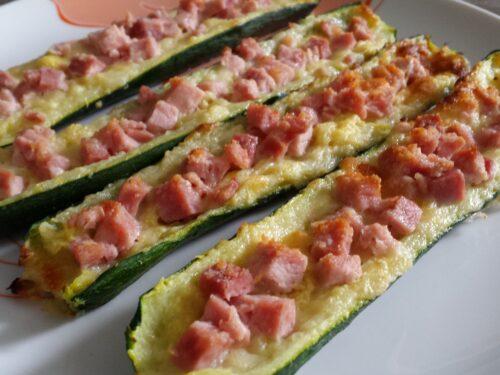 Barchette di zucchine con prosciutto