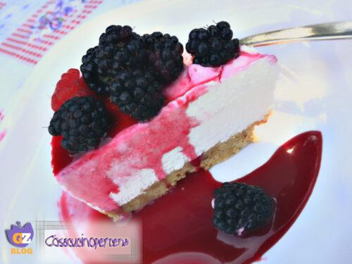 Cheesecake con coulisse di more