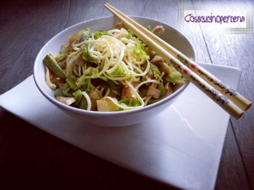 Noodles pollo e verdure