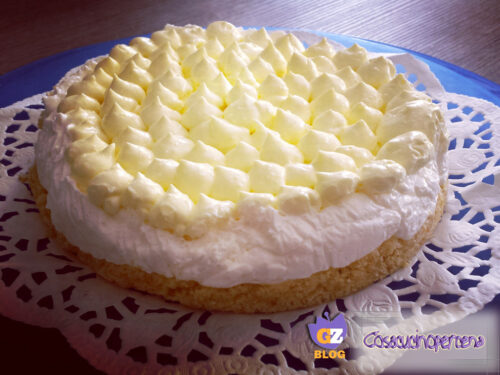 Torta fredda allo yogurt al limone senza cottura