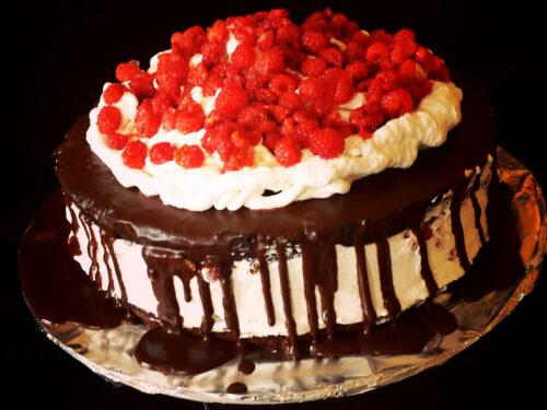 Naked Cake cioccolato e more rosse