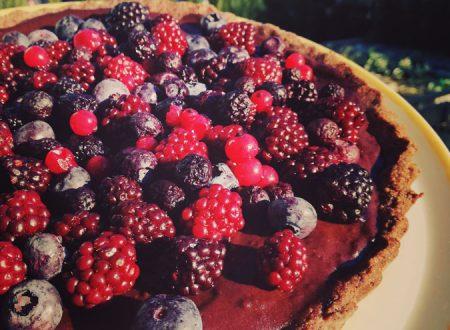 Crostata al doppio cioccolato e frutti di bosco