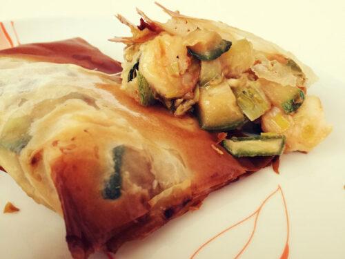 Fagottini di gamberi e zucchine all'orientale