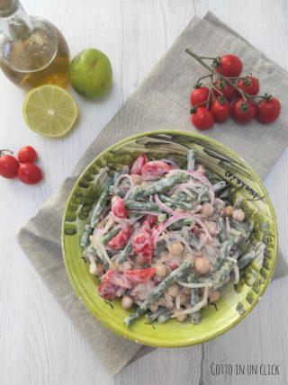 aggiungete anche i fagiolini e condite con a salsa