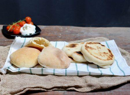 pita a lievitazione naturale in padella o al forno