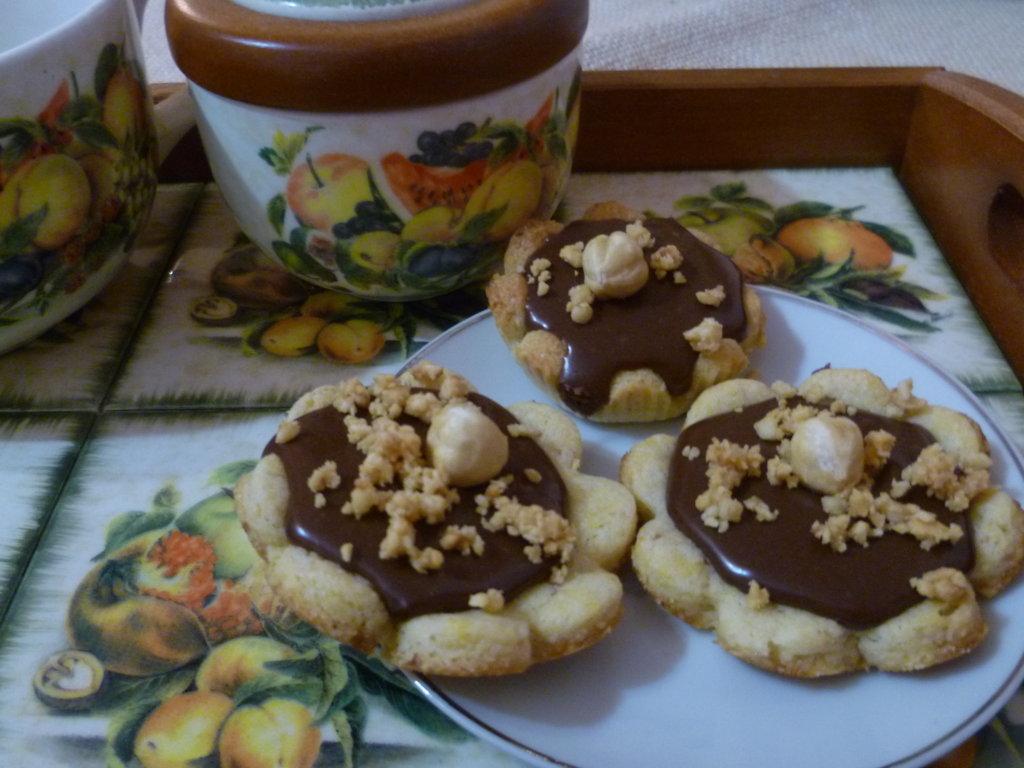pasticcini con crema di cioccolato