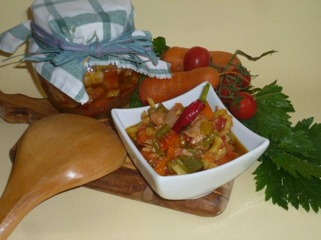 salsa di verdure e tonno in agrodolce