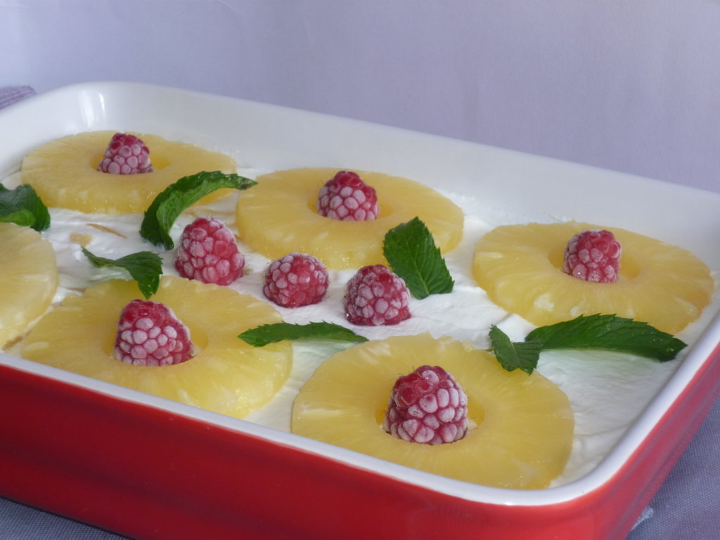 ricetta del tiramisù ananas e lamponi