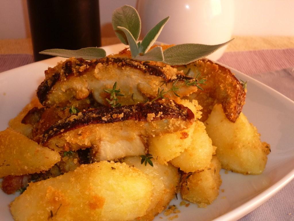 patate e funghi sabbiosi al forno