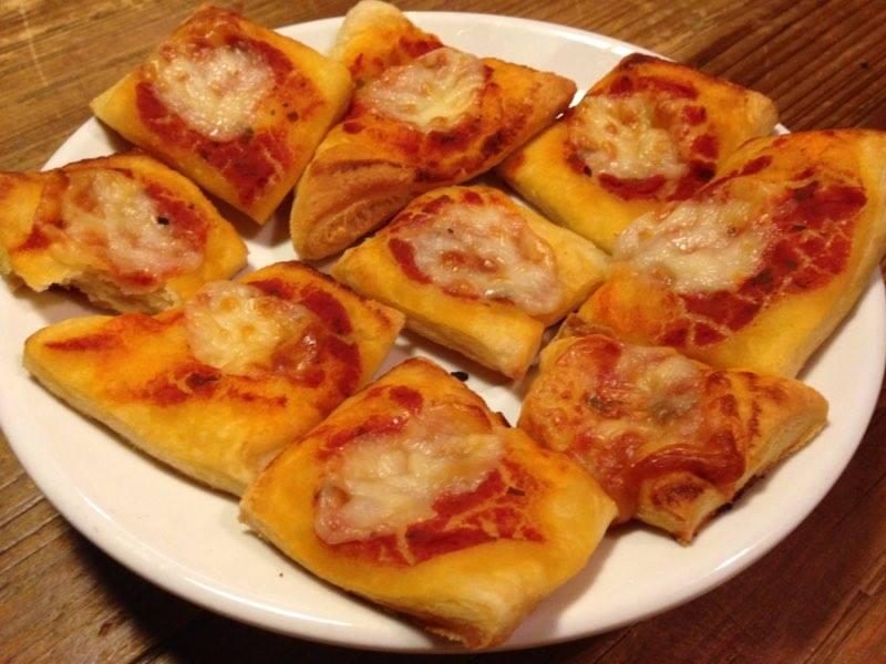 pizzette di pasta sfoglia lievitata