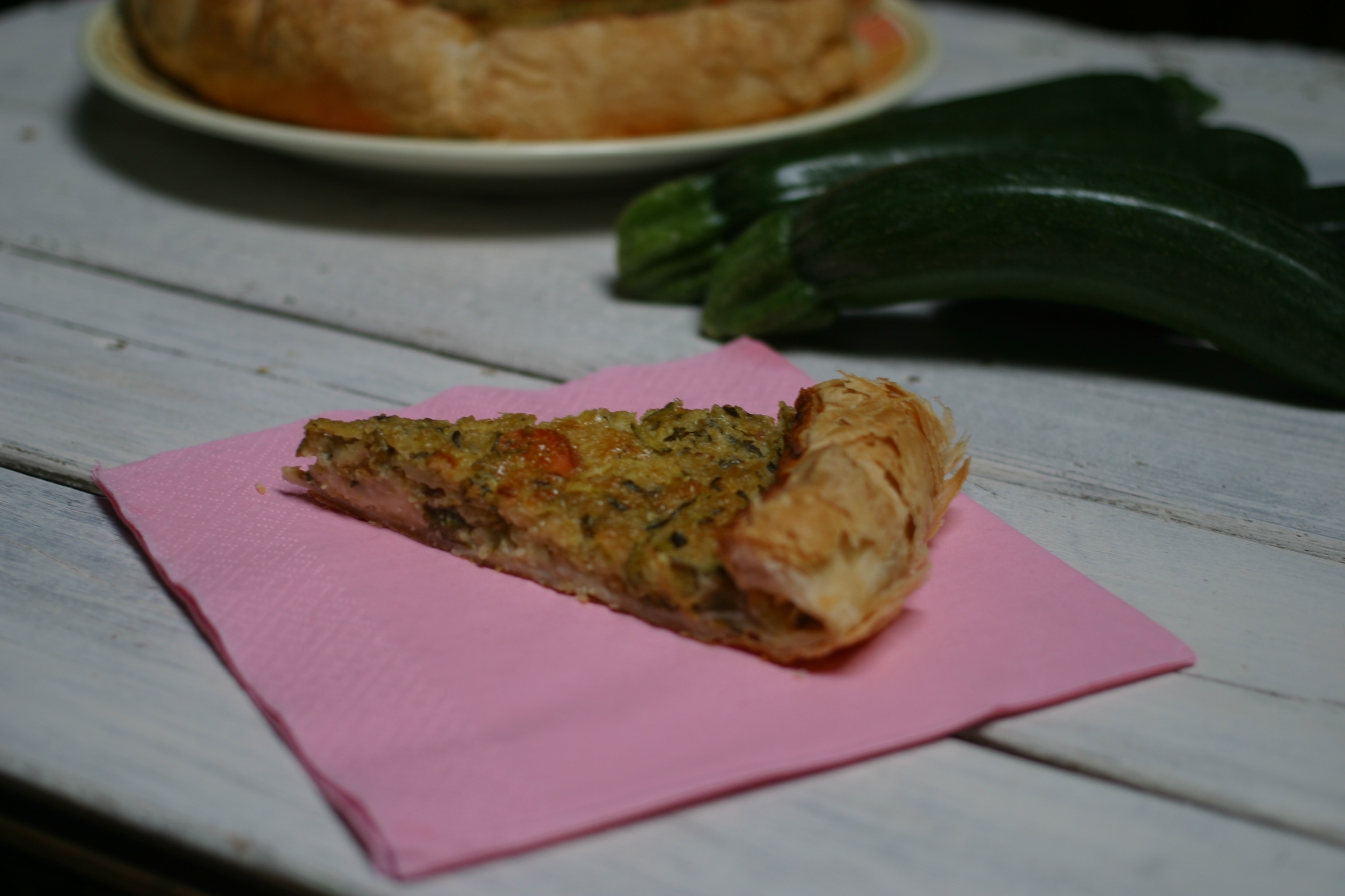 torta salata con porri zucchine e stracchino