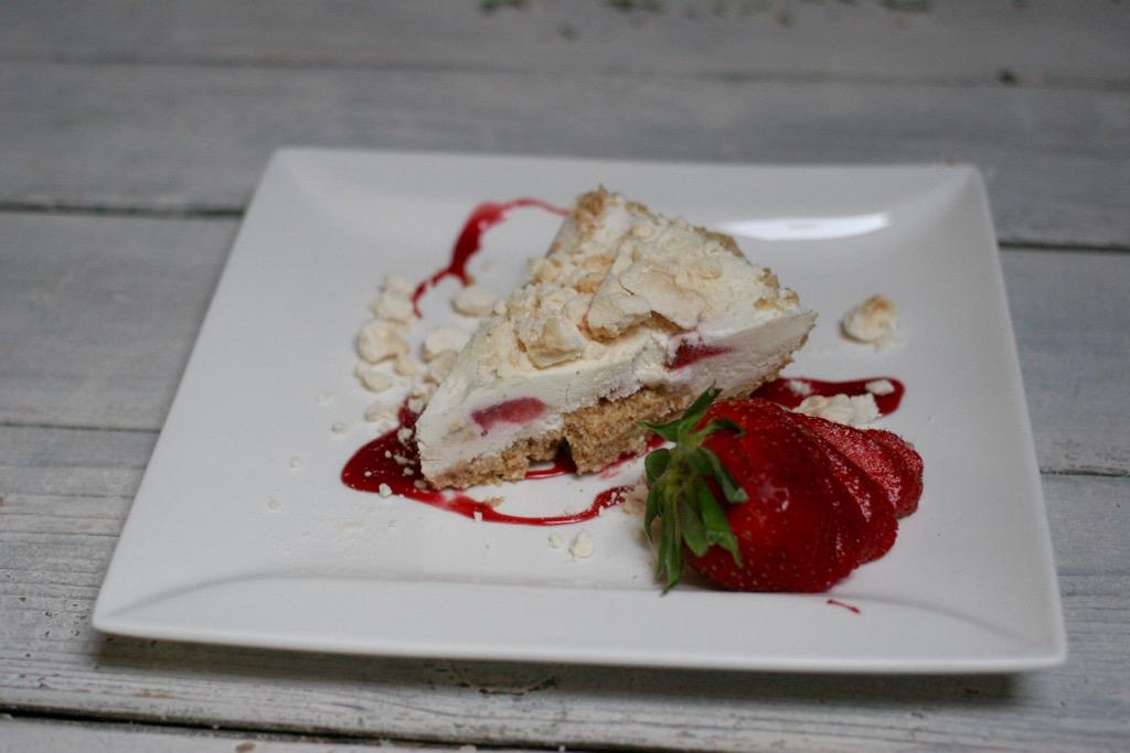 torta fredda fragole mascarpone e meringa