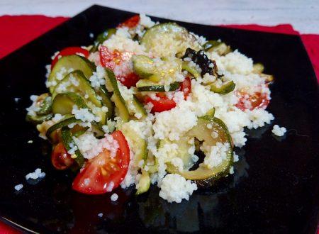 cuscus con zucchine trifolate e pomodorini