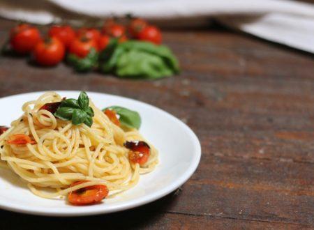 Spaghetti con pomodorini profumati
