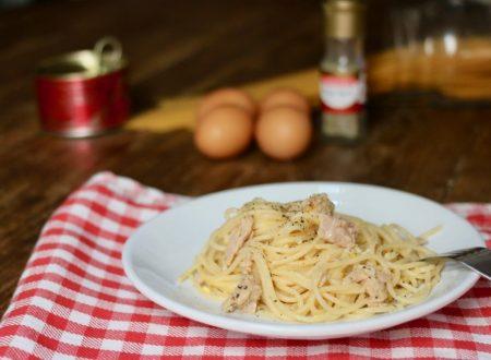 spaghetti alla carbonara di tonno