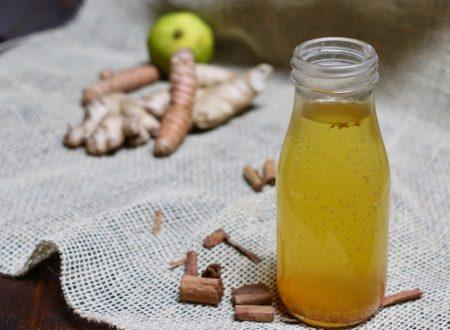 tisana zenzero curcuma cannella e limone