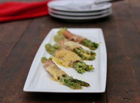 involtini d'asparagi con cotto e provola