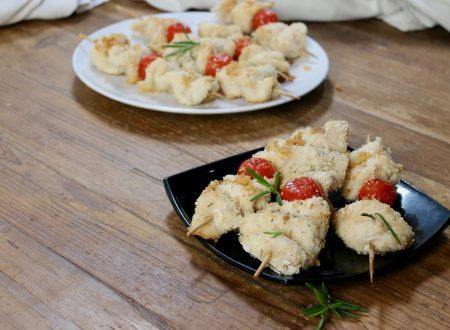 spiedini di pollo croccante e pomodorini