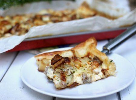 torta salata con patate salsiccia e mozzarella