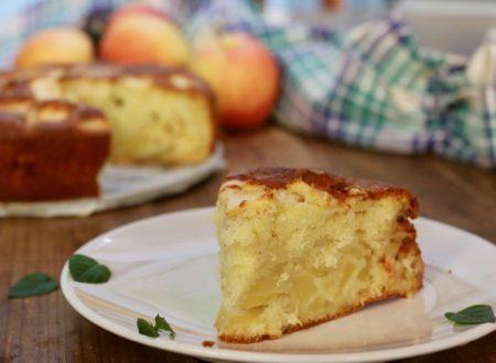 torta di mele supersoffice con panna