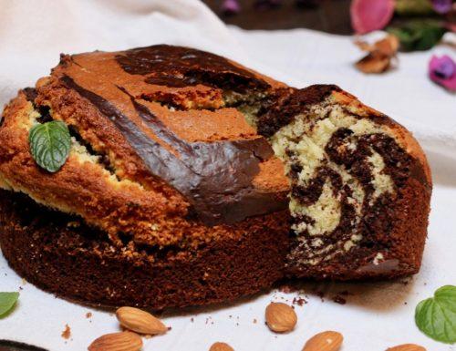 torta zebrata al cioccolato e mandorle